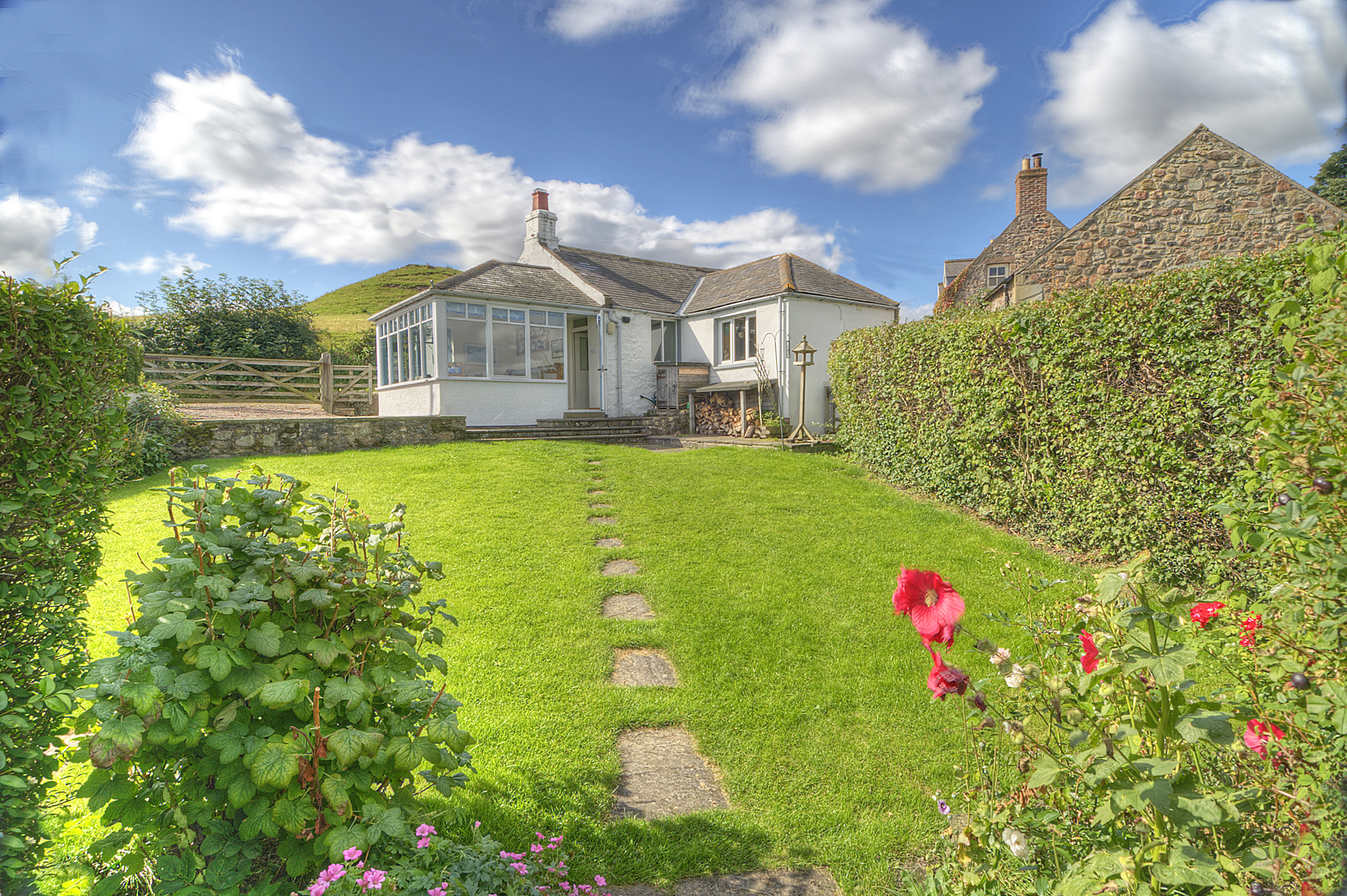 Rose cottage self catering holiday accommodation wooler for Rose cottage